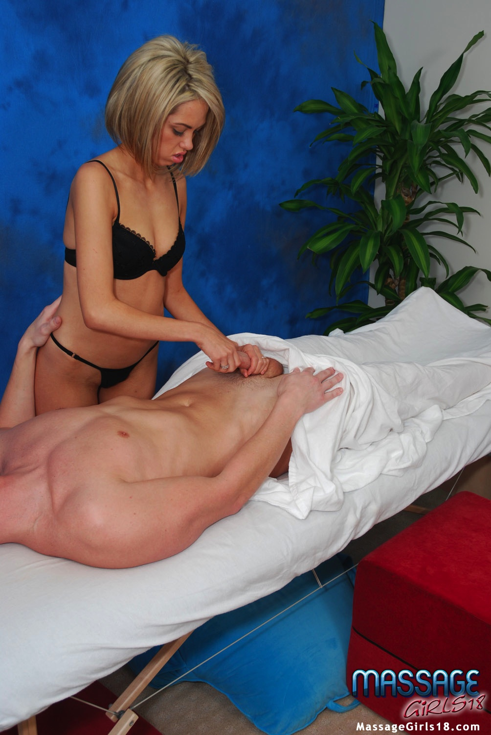 Cleared massage with blowjob happy ending